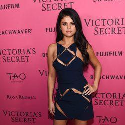 Selena Gomez en el Victoria's Secret Fashion Show 2015
