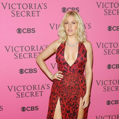 Ellie Goulding en el Victoria's Secret Fashion Show 2015
