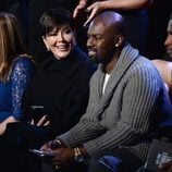 Kris Jenner y Corey Gamble en el front row  del Victoria's Secret Fashion Show 2015