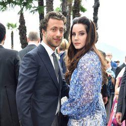 Lana del Rey y su ex, Francesco Carrozzini en la boda de Pierre Casiraghi