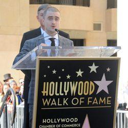 Daniel Radcliffe da su discurso al recibir su estrella en el Paseo de la Fama de Hollywood