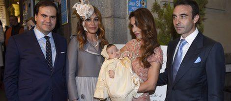 Gema Ruiz y Juan Diaz bautizan a su hija Julieta junto a Enrique Ponce y Paloma Cuevas