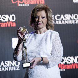 María Teresa Campos con su Antena de Oro 2015