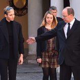 Alberto y Charlene de Mónaco recuerdan a las víctimas de los atentados de París