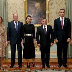 Los Reyes Felipe y Letizia y los Reyes Juan Carlos y Sofía en una cena con Abdalá y Rania de Jordania