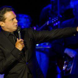 Luis Miguel en un concierto