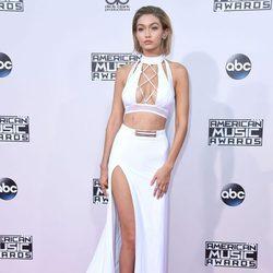 Gigi Hadid en los American Music Awards 2015