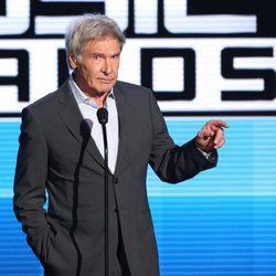Harrison Ford en el escenario de los American Music Awards 2015