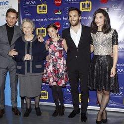 Pablo Rivero, María Galiana, Paula Gallego, Ricardo Gómez e Irene Visedo en el preestreno de 'Cuéntame cómo pasó' en el Festival Mim Series 2015