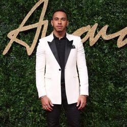 Lewis Hamilton en los British Fasion Awards 2015