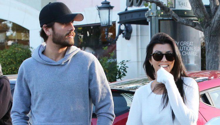Kourtney Kardashian y Scott Disick, juntos de nuevo muy sonrientes