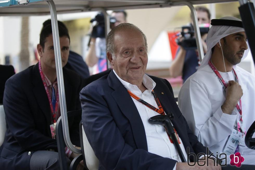 El Rey Juan Carlos en el GP de Abu Dabi 2015