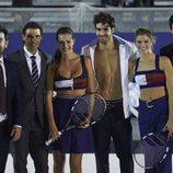 Arturo Valls con Rafa Nadal, Juan Betancourt, Andrés Velencoso, Malena Costa y Cristina Tosio en el partido de tenis de Tommy Hilfiger