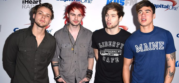 5 Seconds of Summer en el Jingle Ball Tour 2015 en Los Angeles