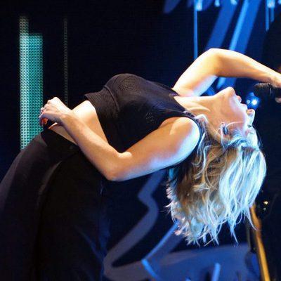 Ellie Goulding durante su actuación en el Jingle Ball Tour 2015 en Los Angeles