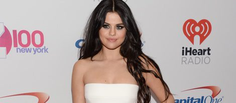 Selena Gomez en el iHeartRadio Jingle Ball 2015