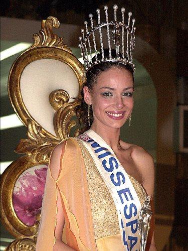 Eva González tras ser proclamada Miss España 2003