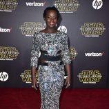 Lupita Nyong'o en la premiere de 'Star Wars: El Despertar de la Fuerza' en Los Ángeles