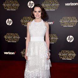 Daisy Ridley en la premiere de 'Star Wars: El Despertar de la Fuerza' en Los Ángeles
