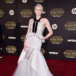 Gwendoline Christie en la premiere de 'Star Wars: El Despertar de la Fuerza' en Los Ángeles