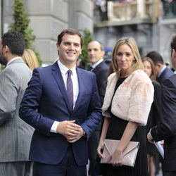 Albert Rivera y Beatriz Tajuelo en la entrega de los Premios Princesa de Asturias 2015