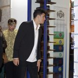 Kiko Jiménez en la inauguración de la tienda de de su novia Gloria Camila en Sevilla