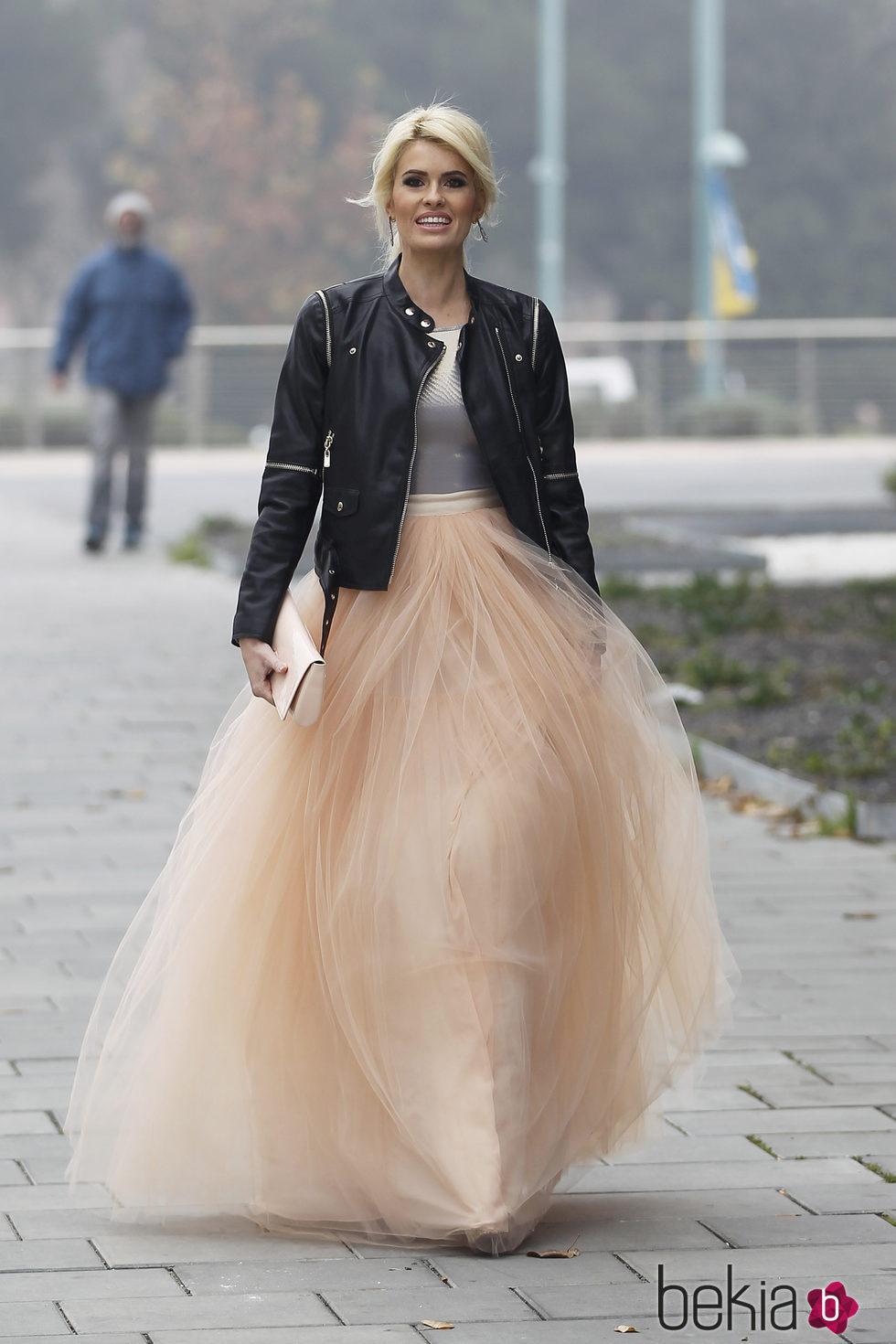 El vestido de novia de Adriana Abenia: la princesa \'rock and roll ...