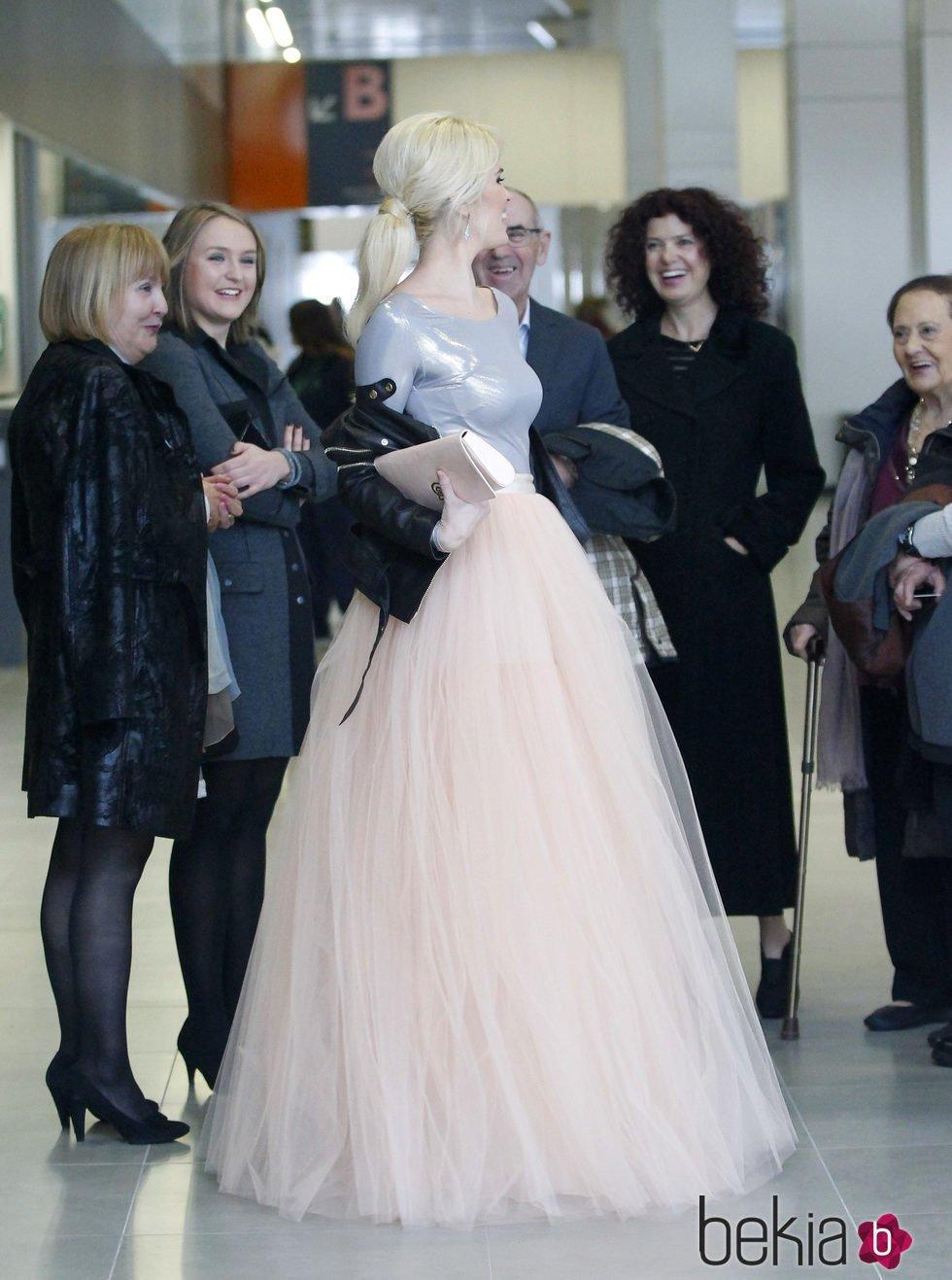 Adriana Abenia con su vestido de novia - Boda de Adriana Abenia y ...