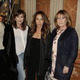 Gema López, María Patiño y Mila Ximénez en el estreno de 'Iba en serio'