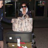 Eva Longoria a su llegada al aeropuerto de Los Ángeles