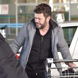 Pablo Heras-Casado en el aeropuerto de Madrid