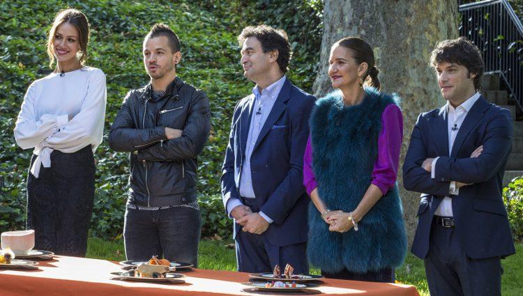 Eva González, David Muñoz, Pepe Rodríguez, Samantha Vallejo-Nágera y Jordi Cruz en la final de 'Masterchef Junior 3'