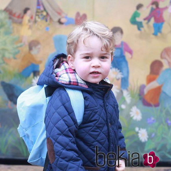 El Príncipe Jorge de Cambridge en su primer día de guardería