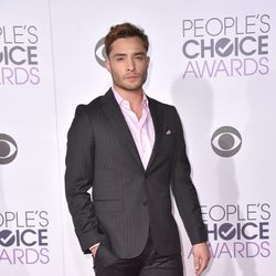 Ed Westwick en los People's Choice Awards 2016