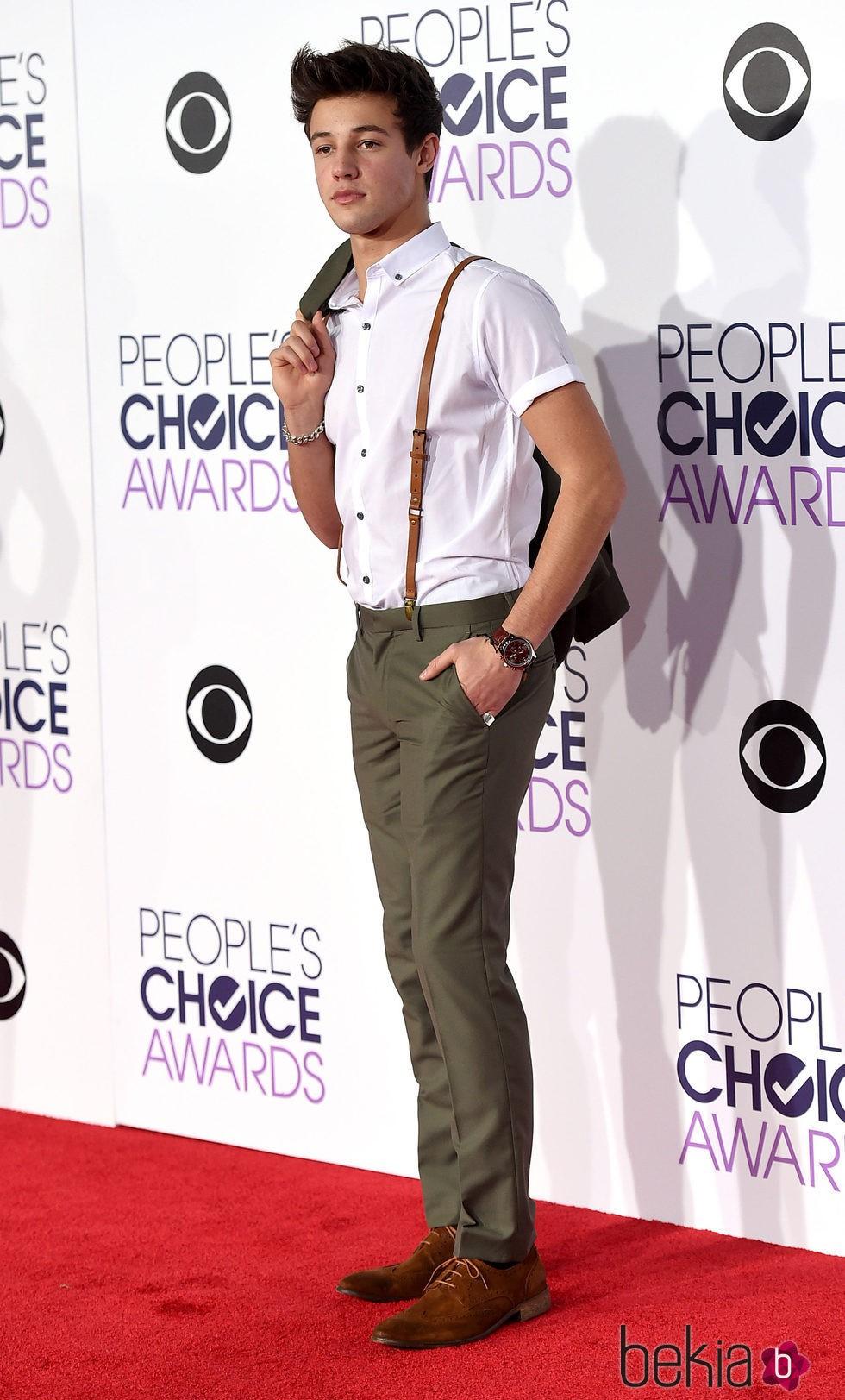 Charlie Puth en los People's Choice Awards 2016