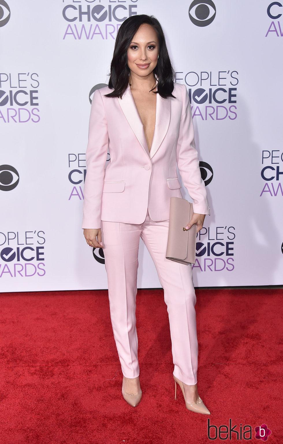 Cheryl Burke en los People's Choice Awards 2016