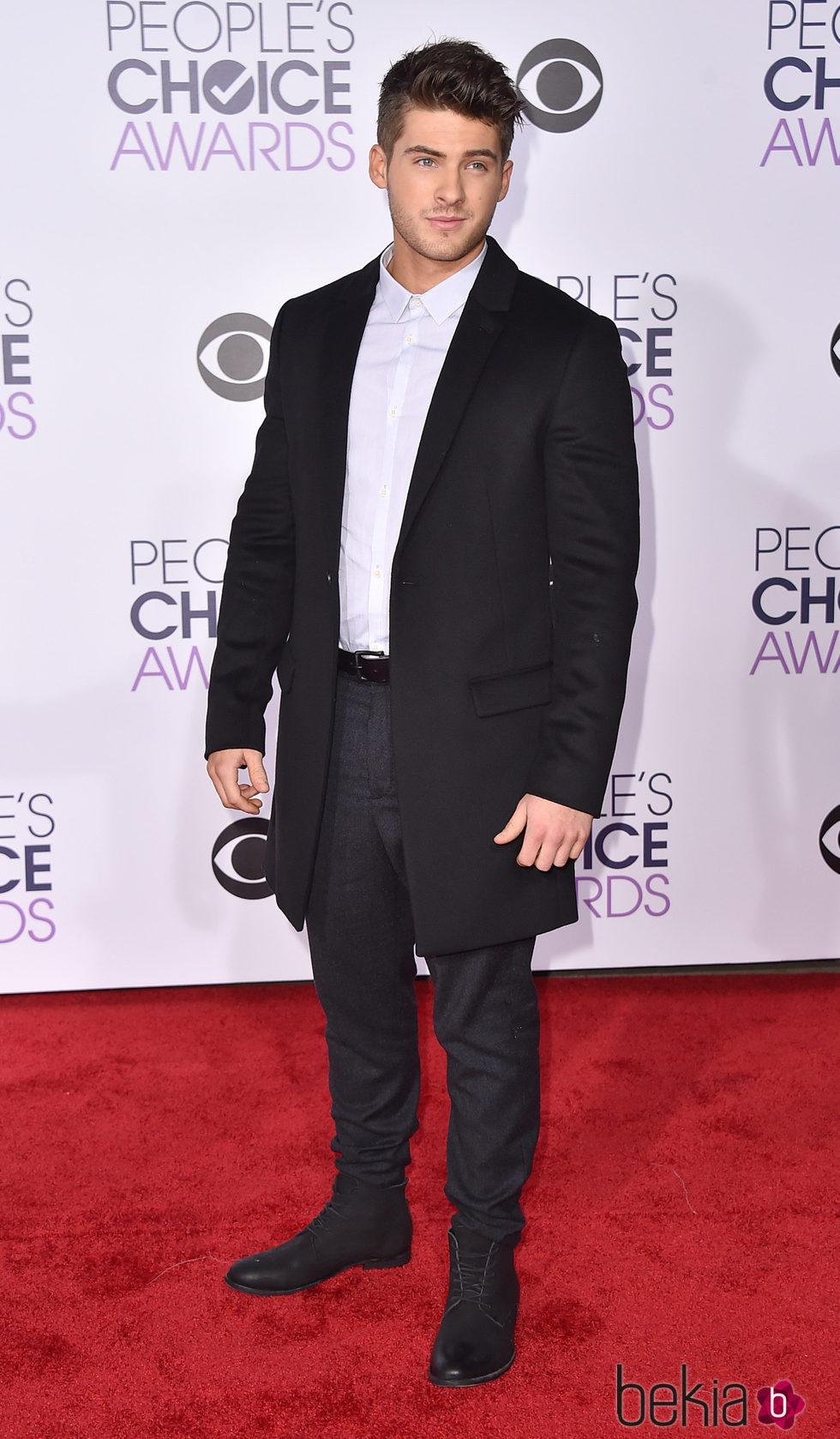 Cody Christian en los People's Choice Awards 2016