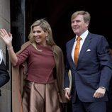 Los Reyes Guillermo Alejandro y Máxima de Holanda reciben a los miembros de la Comisión Europea en el Palacio Real de Ámsterdam