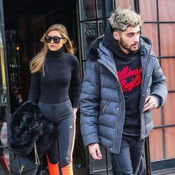 Gigi Hadid y Zayn Malik pasean muy de sport por las calles de Nueva York