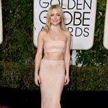 Kate Hudson en la alfombra roja de los Globos de Oro 2016