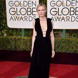 Kirsten Dunst en la alfombra roja de los Globos de Oro 2016