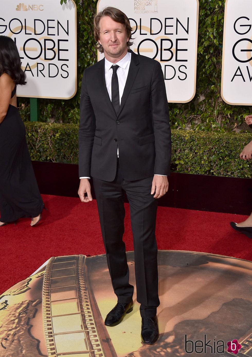 Tom Hooper en la alfombra roja de los Globos de Oro 2016