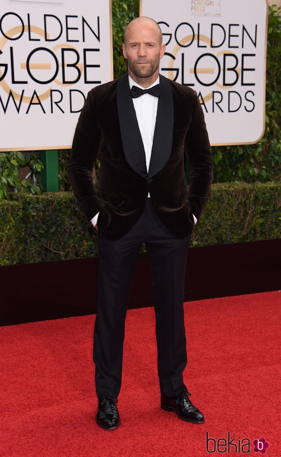 Jason Statham en la alfombra roja de los Globos de Oro 2016