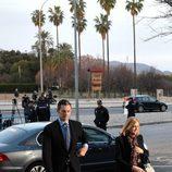 La Infanta Cristina e Iñaki Urdangarín al salir del coche para entrar en el juicio por el Caso Nóos