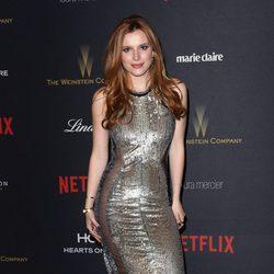 Bella Thorne en la fiesta de Netflix tras la entrega de los Globos de Oro 2016