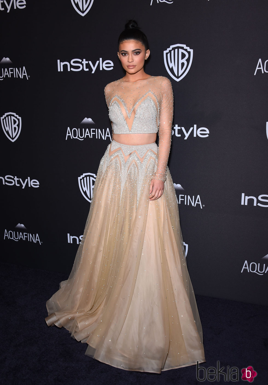 Kylie Jenner en la fiesta de InStyle tras la entrega de los Globos de Oro 2016