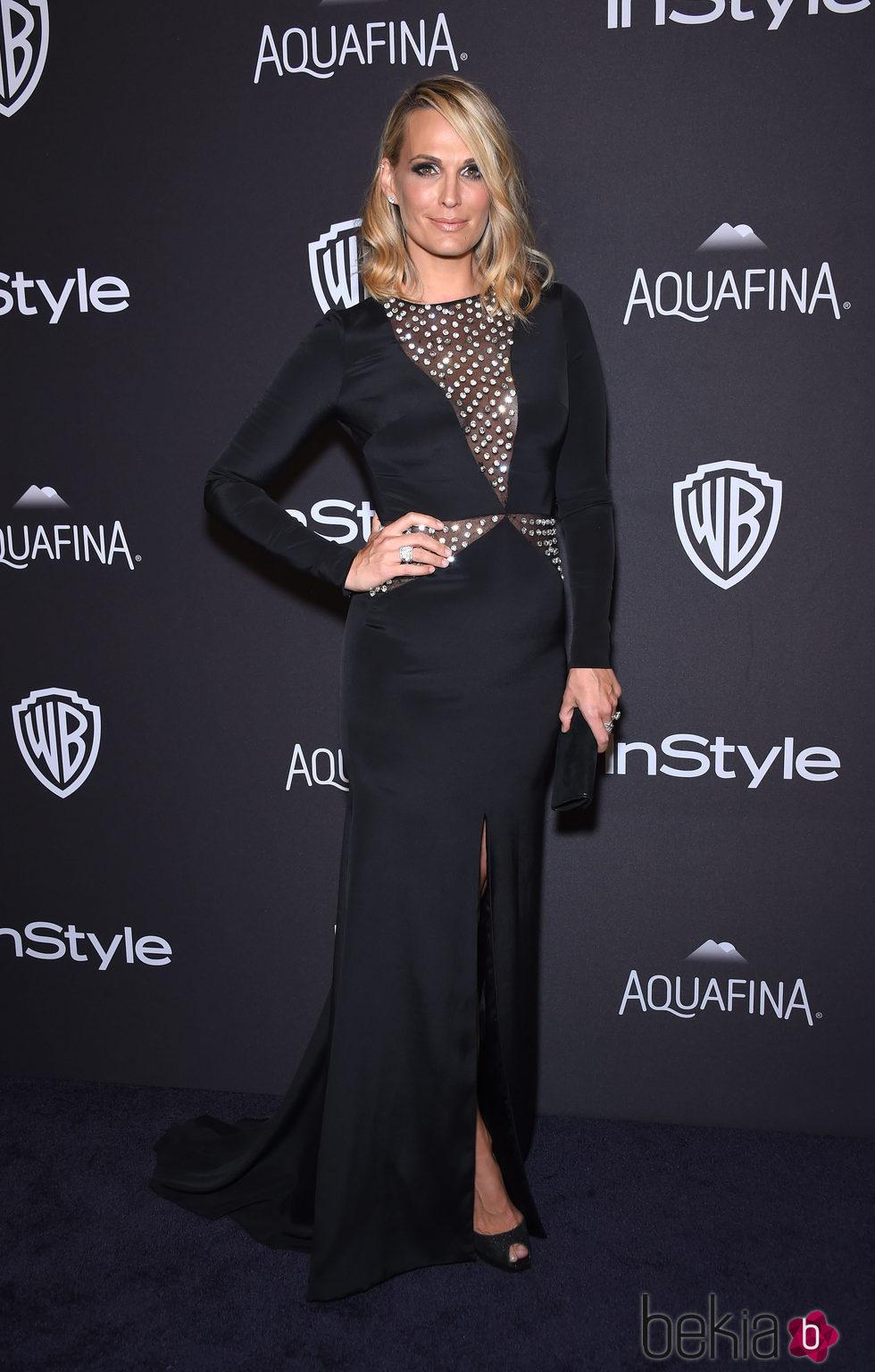 Molly Sims en la fiesta de InStyle tras la entrega de los Globos de Oro 2016