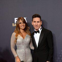 Leo Messi y Antonella Roccuzzo en la entrega del Balón de Oro 2015