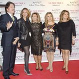 María Teresa Campos con Bigote Arrocet, Rocio Carrasco, Terelu Campos y Carmen Borrego en la presentación de su colección de zapatos
