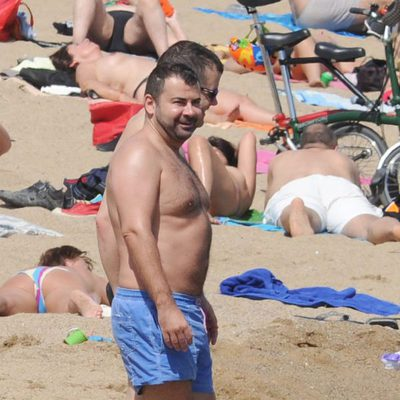 Jorge Javier Vázquez en la playa